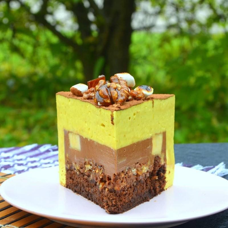 BANANA MOUSSE CAKE-2