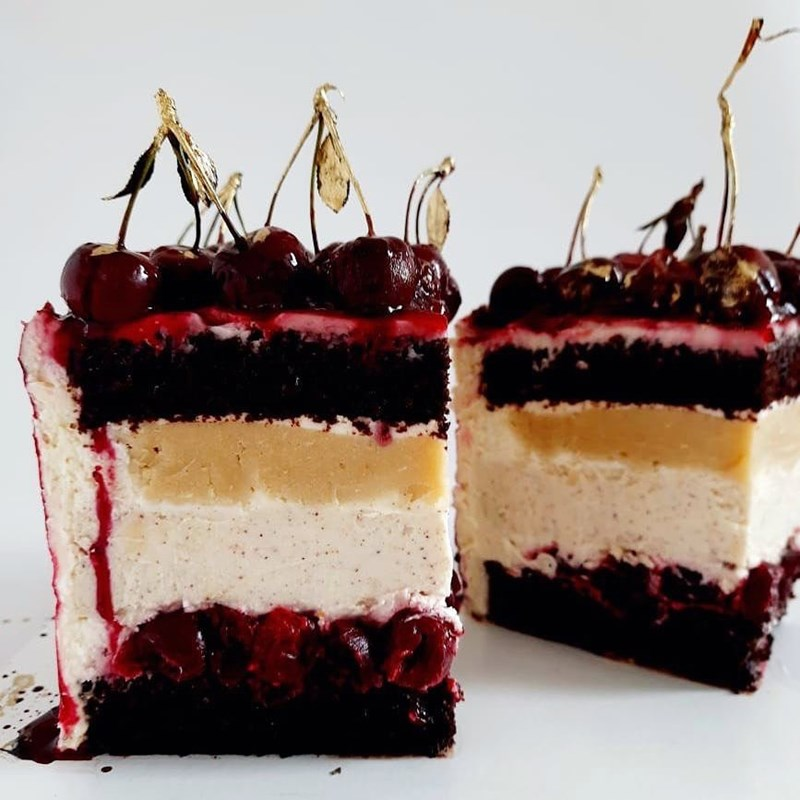 CHERRY & ALMOND CAKE WITH SESAME-2