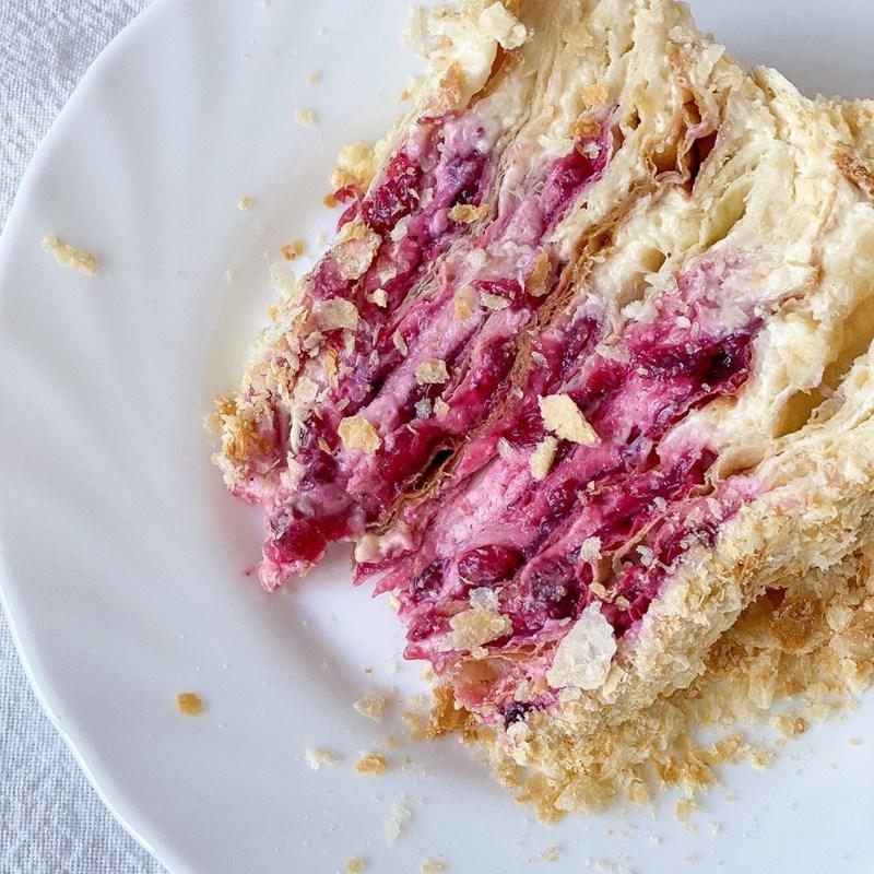 Napoleon cake with honey cream & lingonberry confit-2