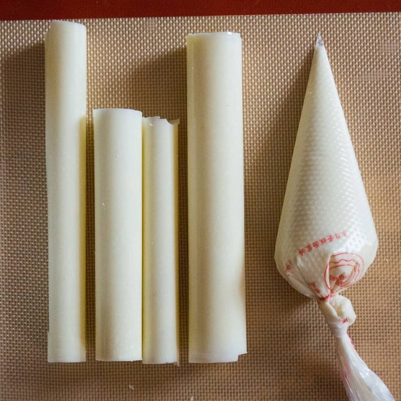 Chocolate bamboo for cake decoration-5