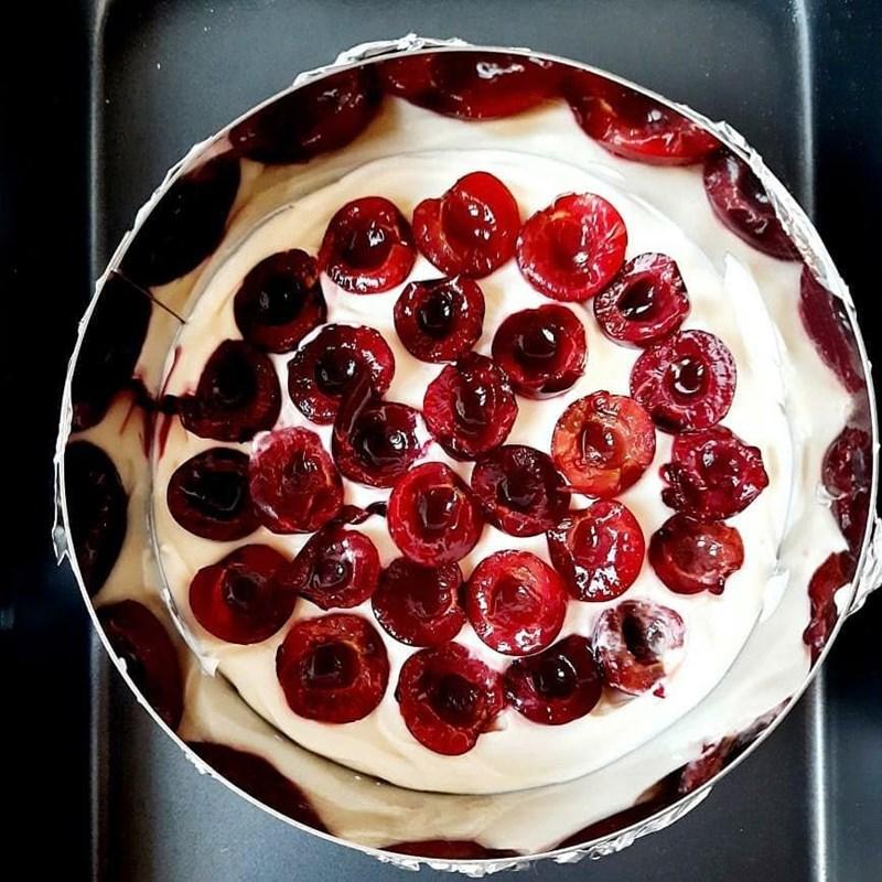 CHERRY & RASPBERRY CAKE-2