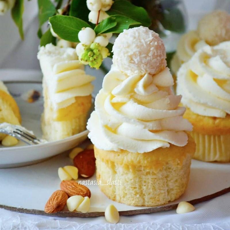 Raffaello cupcakes-4