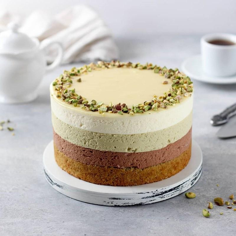 PISTACHIO & CHOCOLATE MOUSSE CAKE-3