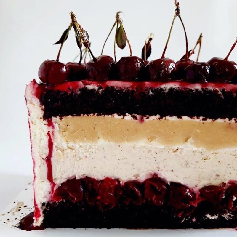 CHERRY & ALMOND CAKE WITH SESAME-3