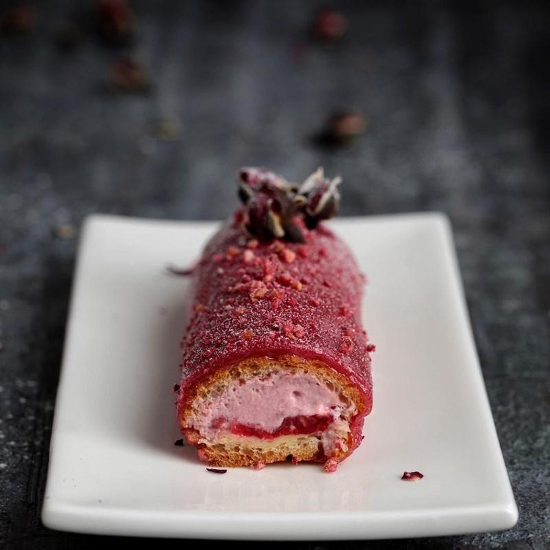 Raspberry eclairs-3