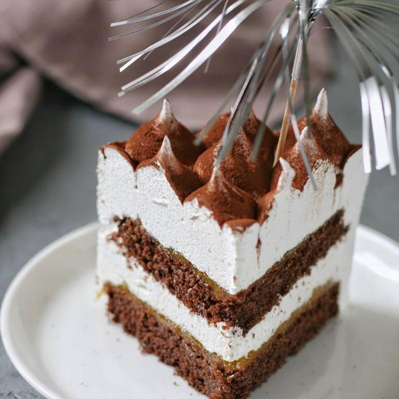 Tropical chocolate marshmallow cake-2