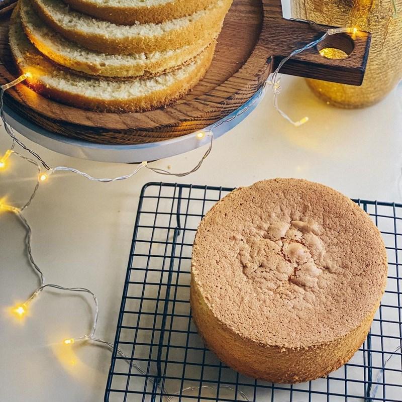 French meringue sponge biscuit-2