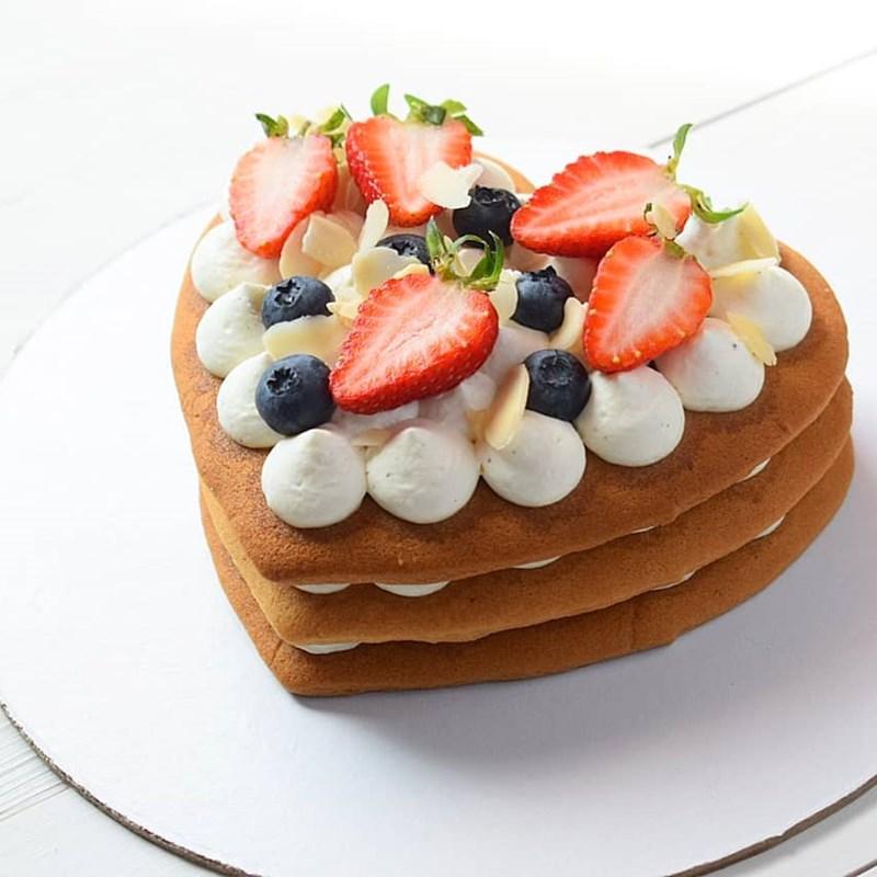 SMALL HONEY CAKES-3